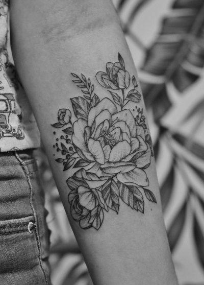 tatuaje dotwork o puntullista