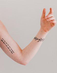 tatuaje tipografico